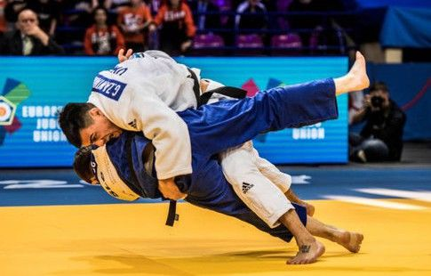 Могушков и Хубецов вышли в полуфинал чемпионата Европы по дзюдо в Варшаве