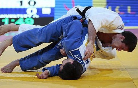 Хубецов завоевал для сборной России второе золото на ЧЕ по дзюдо