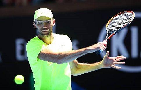 Карлович одолел Чилича в затяжном матче в полуфинале турнира в Хертогенбосхе