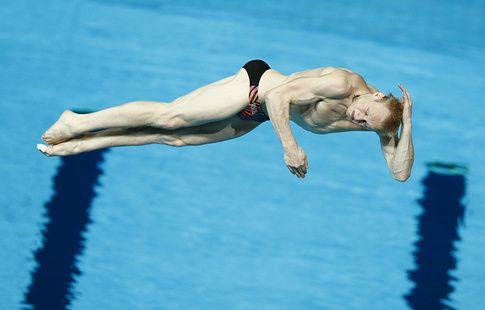 Захаров завоевал бронзу в индивидуальных соревнованиях по прыжкам в воду на ЧМ