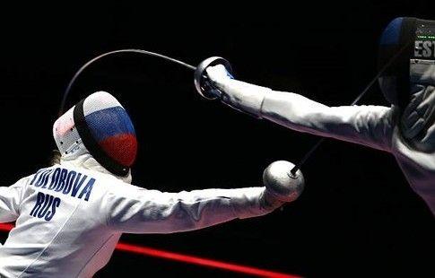 Шпажистки Колобова, Логунова и Гудкова вышли в 1/16 финала ЧМ по фехтованию