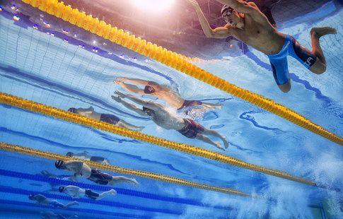 Сборная США установила мировой рекорд в смешанной комбинированной эстафете 4х100 м