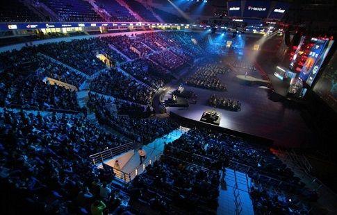 StarLadder организует две лиги по StarCraft 2 для любителей и профессионалов