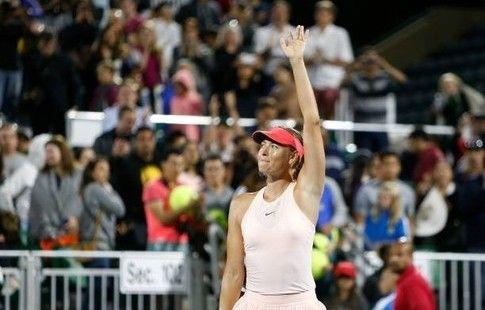 Шарапова снялась с турнира в Торонто из-за повреждения