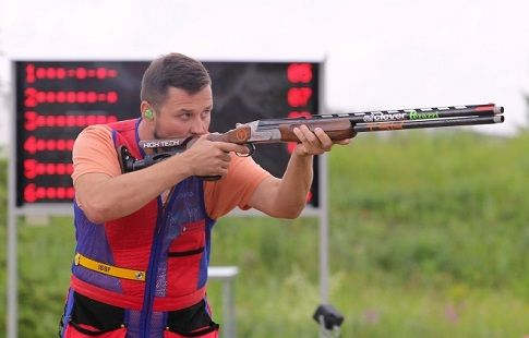 Азаренко - второй в стрельбе по движущейся мишени с 50 м на ЧЕ в Баку