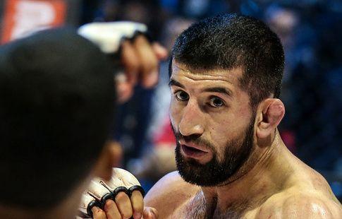 Боец Расул Мирзаев пообещал вернуться на ринг в 2017 году