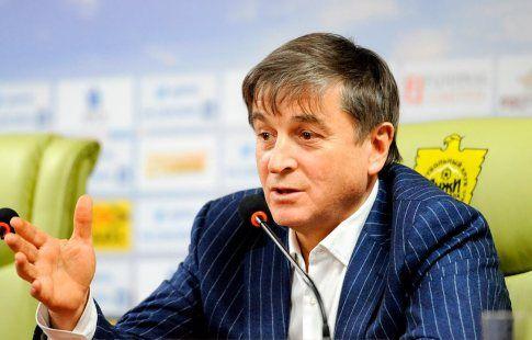 """Осман Кадиев – судье Матюнину: """"Ты что, убиваешь команду?!"""". ВИДЕО"""
