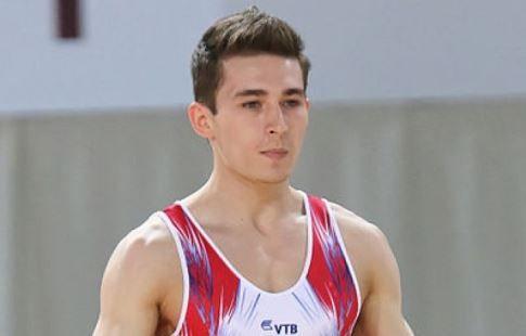 Белявский завоевал бронзовую медаль ЧМ в упражнении на брусьях