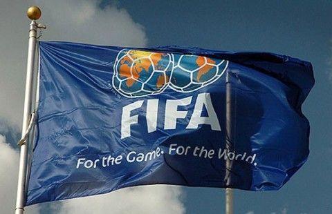 Сборная России опустилась на рекордно низкое 65-е место в рейтинге ФИФА