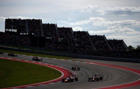 Льюис Хэмилтон выиграл Гран-При США, Mercedes досрочно завоевал Кубок Конструкторов