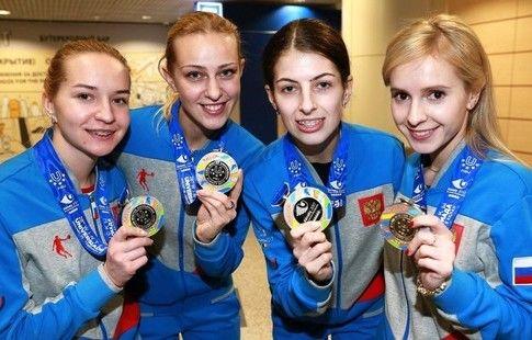 Кёрлингистки команды Моисеевой должны побороться за медали ЧМ, считает Свищев