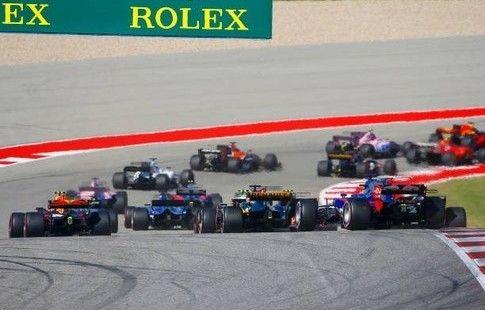 """""""Формула-1"""" может перейти на полноприводные автомобили"""