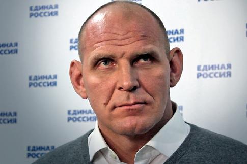 """Карелин: """"Решение по нейтральному флагу для России на ОИ должно быть государственным"""""""