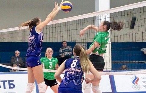 """""""Енисей"""" в трёх сетах победил """"Сахалин"""" в девятом туре Суперлиги"""
