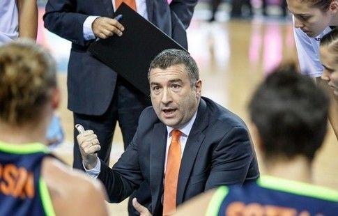 УГМК объявил о назначении Мендеса на пост главного тренера