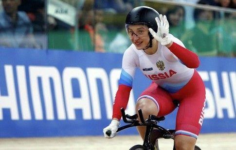 Шмелёва выиграла у Войновой борьбу за место в 1/4 финала спринта на ЧМ по велотреку