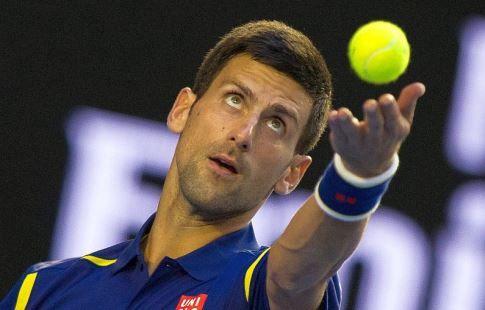 Джокович вышел в третий раунд Уимблдонского теннисного турнира