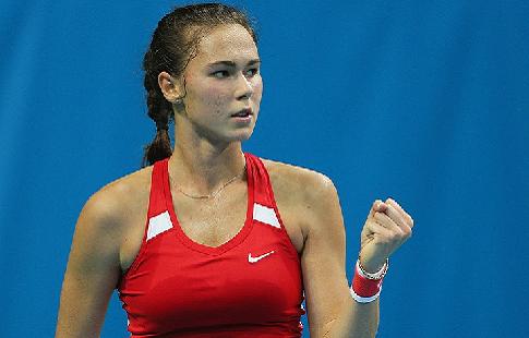 Вихлянцева проиграла Брэди во втором круге турнира в Вашингтоне