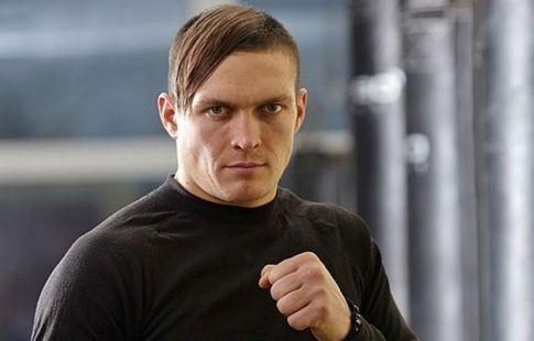 Усик признан боксёром месяца по версии WBA