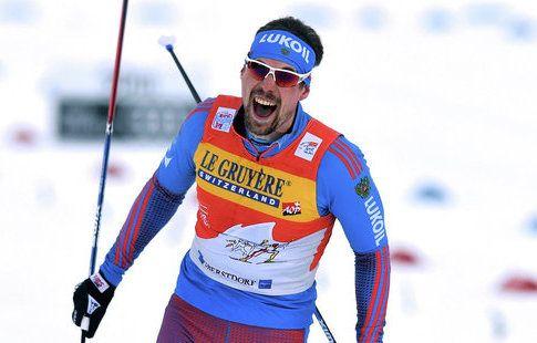Лыжник Устюгов одержал победу в гонке с масс-старта на турнире в Норвегии