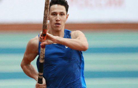 Прыгун с шестом Тимур Моргунов завоевал серебро чемпионата Европы