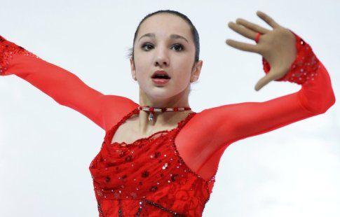 Миахара вышла в лидеры по итогам короткой программы, Самодурова третья