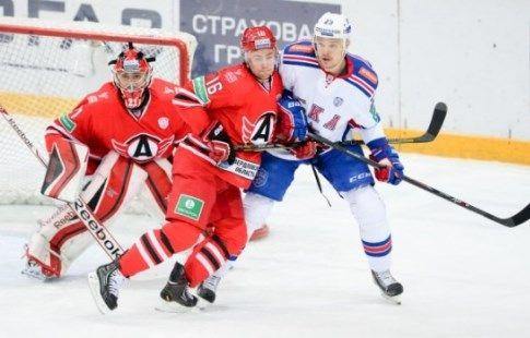 СКА разгромил лидера КХЛ в домашнем поединке