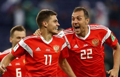3 выстрела в Черчесова: сборная России вернулась к своим повседневным кондициям