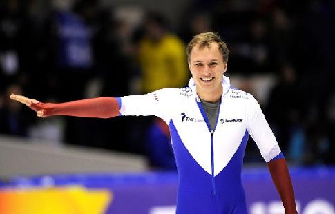 Кулижников победил на дистанции 1000 м на этапе Кубка мира в Обихиро