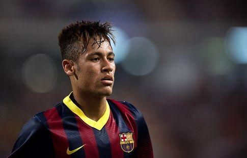 """Артур: """"Молюсь, чтобы Неймар вернулся в """"Барселону"""""""