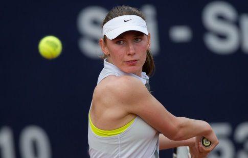 Александрова вышла во второй круг турнира в Шэньчжэне