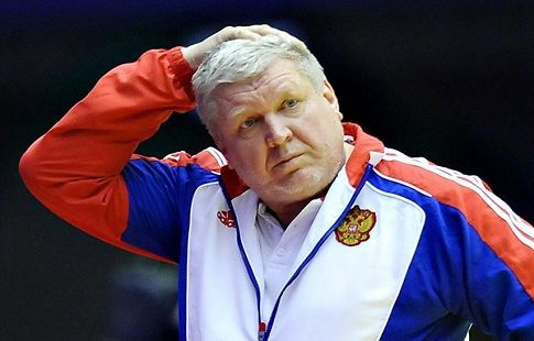 Трефилов продолжит работать с женской сборной России по гандболу