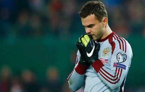 """Акинфеев: """"Не люблю, когда болеют за """"Челси"""", """"Барсу"""". Надо за своих болеть"""""""