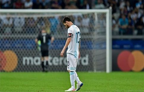 Благодаря Лионелю Месси сборная Аргентины ещё поборется за выход из группы