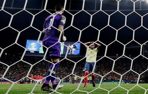 Уильям Тесильо, защитник сборной Колумбии, получает угрозы за незабитый гол