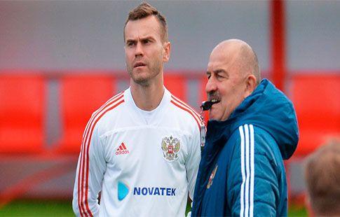 Черчесов не исключает, что Акинфеев вернётся в сборную России