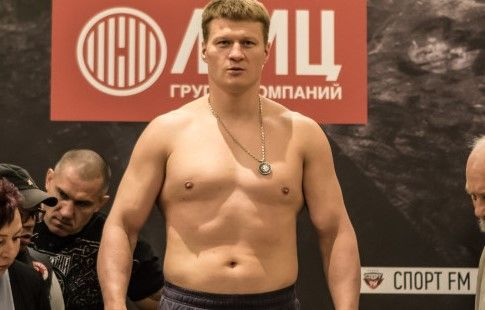 Поветкин поделился ожиданиями от боя с Хантером