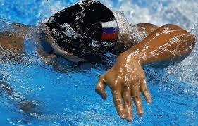 Чупков завоевал золото на дистанции 200 метров брассом на этапе Кубка мира в Дохе