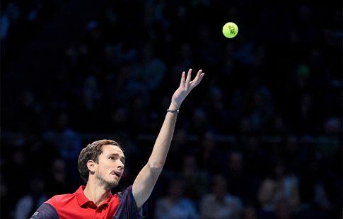 Медведев больше не в топ-4, в рейтинге ATP его обошёл Доминик Тим