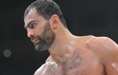 Чемпион ОИ Чахкиев подтвердил вызов Емельяненко на бой