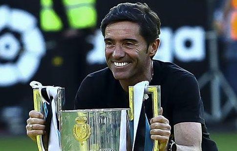"""Экс-тренер """"Валенсии"""" вылетел в Лондон на переговоры с """"Арсеналом"""""""