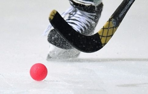 Сборная России по бенди нанесла поражение финнам на Турнире четырёх наций