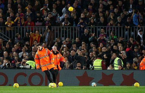 """""""Барселону"""" оштрафовали за резиновые мячи"""