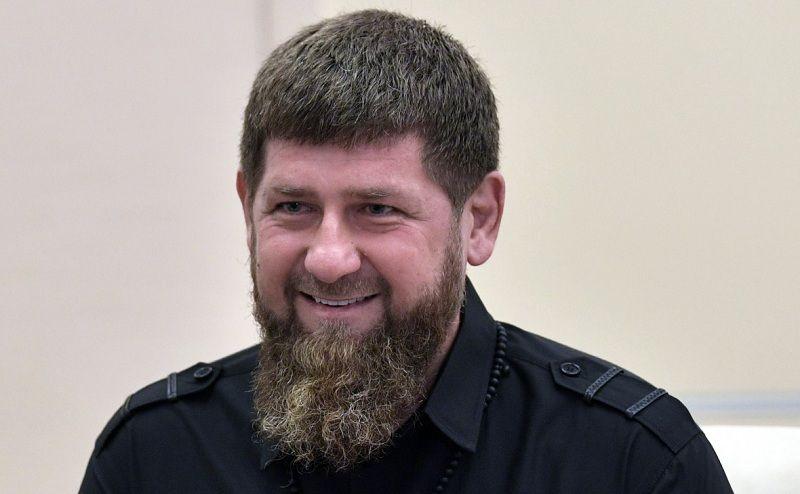"""Исмаилов: """"Кадыров запросто вынесет Емельянеко"""""""