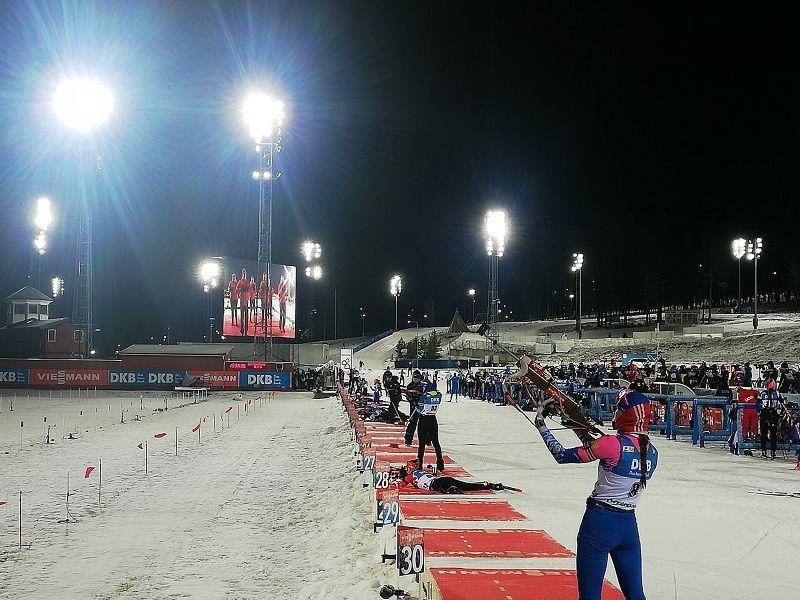 Тренер российских биатлонисток отказался назвать спринт в Оберхофе провальным