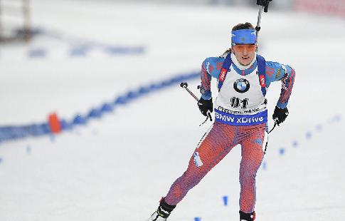 Тренер женской сборной России объяснил провал россиянок в масс-старте новыми патронами