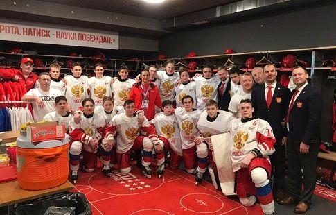 "IIHF: ""Россия преподнесла Канаде урок на ЮОИ-2020"""