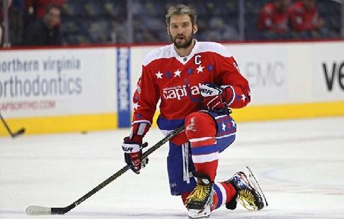 Историческая шайба Овечкина. Александр вошёл в десятку лучших снайперов НХЛ!