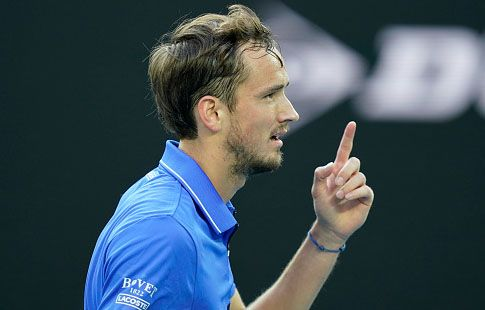 Победа Медведева на Australian Open в видеообзоре матча против Тиафо