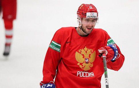 Хоккеист молодёжной сборной России объяснил, зачем развозит продукты в Канаде